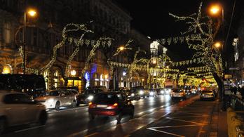 Környezetbarát karácsonyi díszkivilágítás lesz idén Budapesten
