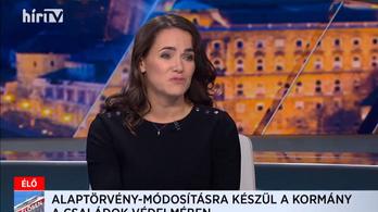 Novák Katalin: meg kell védeni az olyan evidenciákat, hogy az édesanya nő, az édesapa férfi