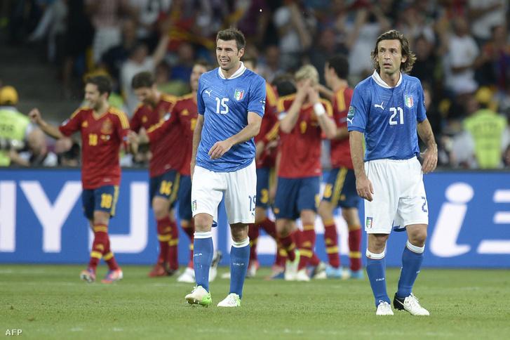 A csoportmeccsen döntetlent játszottak, a fináléban a spanyolok örülhettek