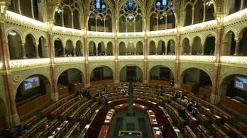 Nincs politikai akarat a digitális parlamenthez