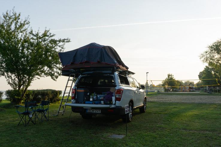 Első este csak félig raktam össze a sátrat, szerencsére nem volt szél