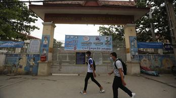 Két hétre bezárták a kambodzsai iskolákat Szijjártó Péter miatt