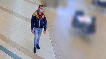 Videó: Autót akart lopni egy férfi a Westendben, végül bemászott az egyik csomagtartójába