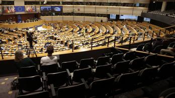 Vétó és jogállamiság – ki kapja félre előbb a kormányt Brüsszelben?
