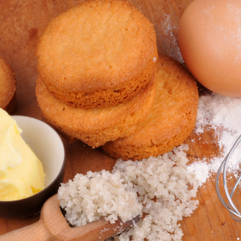 Nagyon omlós vajas keksz – A francia süti sós vajjal készül