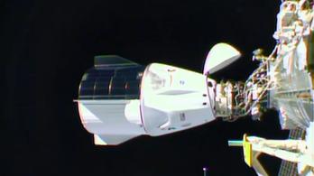 Űrsétára indult a Nemzetközi Űrállomás legénysége