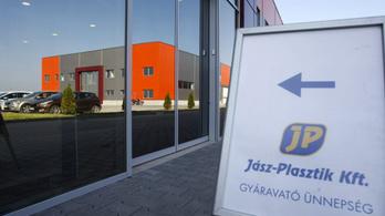 Ötmilliárdból fejleszt a Jász-Plasztik