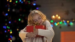 Idén se feledd: kevesebb játék = boldogabb, kreatívabb, összeszedettebb gyerek