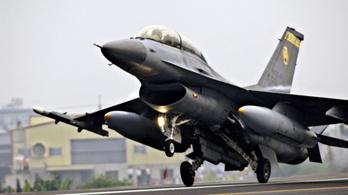 Eltűnt egy F-16-os repülőgép Tajvanon