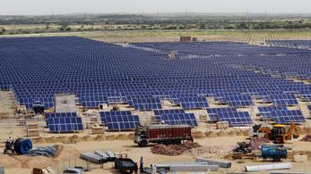 Több mint 16 ezer focipályányi területet foglal majd el a világ legnagyobb naperőműve