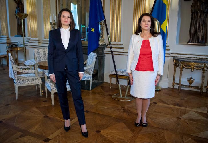 Tyihanovszkaja és Ann Linde