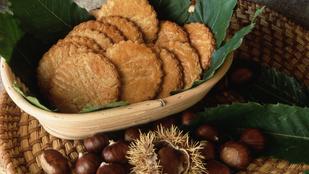 Készíts karácsonyra gesztenyés kekszet mandarinnal!