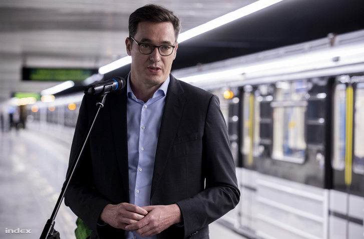 Karácsony Gergely a budapesti M3-as metró felújított déli szakaszának átadóján 2020. október 22-én