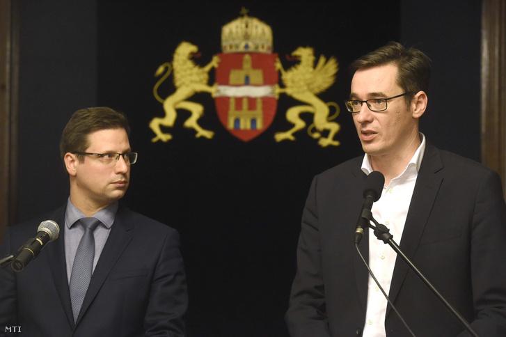 Karácsony Gergely főpolgármester és Gulyás Gergely Miniszterelnökséget vezető miniszter sajtótájékoztatót tart a Fővárosi Közfejlesztések Tanácsának ülése után a Városházán 2019. december 12-én