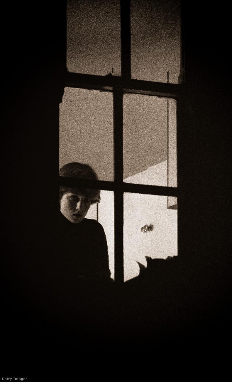 Diana Spencer, amikor nemhogy hercegné, még Károly jegyese sem volt, egy londoni lakásban lakott három barátnőjével együtt