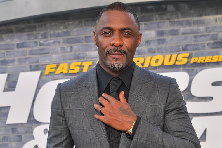Ugorjunk az időben több mint két évtizedet, hogy eljussunk 2018-ba, amikor Idris Elba kapta meg a címet