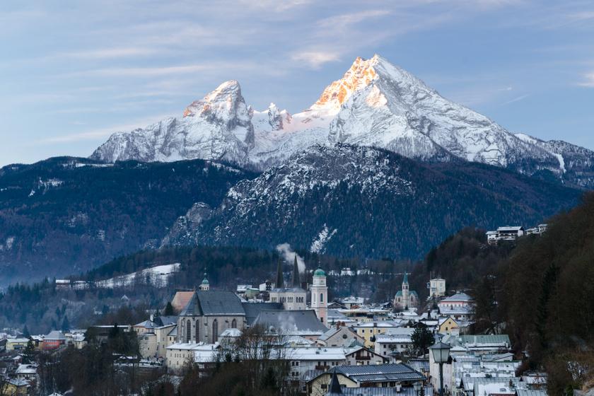 Berchtesgaden és a Watzmann.
