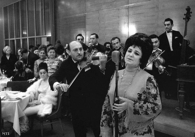 Kovács Apollónia 1969-ben