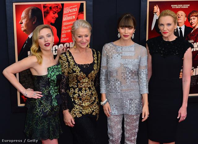 A női főszereplők New Yorkban: Scarlett Johansson, Helen Mirren, Jessica Biel, Toni Collette