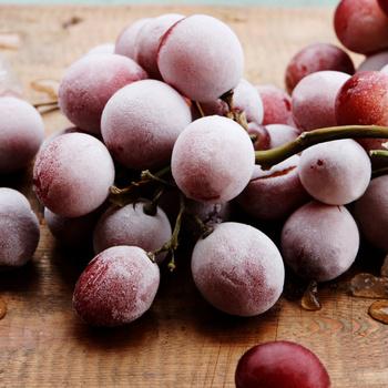Ha így tárolod a szőlőt, sokáig friss marad - Biztos nem fog a kukában landolni