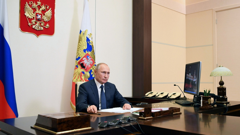 Vlagyimir Putyin: Nagyon súlyos a helyzet néhány orosz régióban