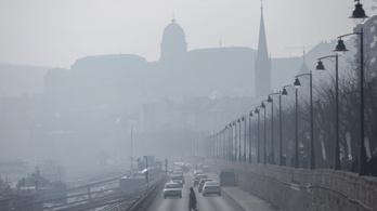 Magyarországon a koronavírus okozta halálesetek egynegyedét lehet a légszennyezettséghez kötni