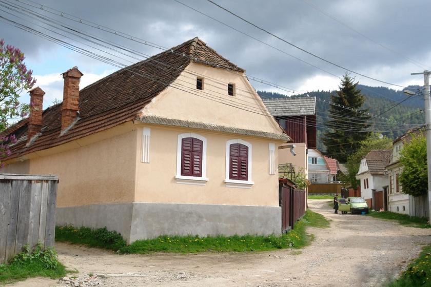 Erdély csángó falucskáiban mintha megállt volna az idő: Hétfalu igazi gyöngyszem a Kárpátkanyarban