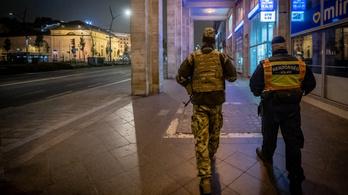 Már több ezer magyar rendőr kapta el a koronavírust, ketten meghaltak