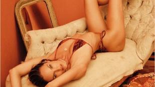 Candice Swanepoel fürdőruhás fotósorozatát pont egy ilyen szürke napon ajánlott megnézni!
