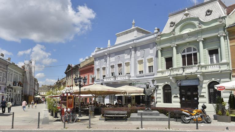 Szerbia gazdasága az idén csak egy százalékkal zsugorodik