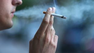 Leszokásra buzdít a dohánygyáros