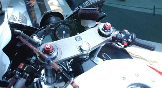 A CB1300 endurance versenymotor a Type R bemutatóján
