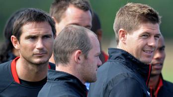 Wayne Rooney számára Lampard és Gerrard a követendő példa