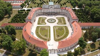 Jócskán megdrágult a fertődi Esterházy-kastély fejlesztése