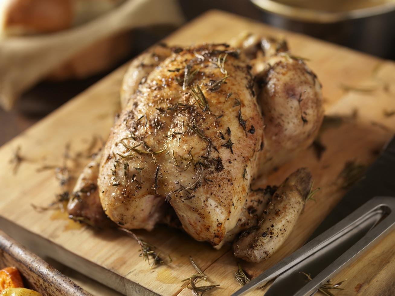 kakukkfuves-csirke-egeszben