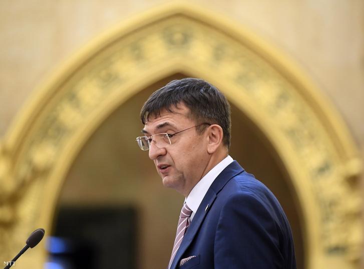 Domokos László, az ÁSZ elnöke