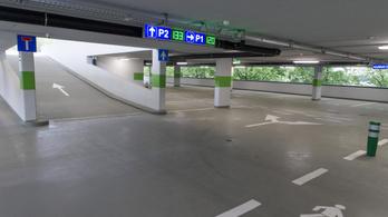 Ingyenesen használhatók éjszaka a parkolóházak