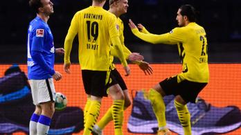 Haaland mesternégyest szerzett, bemutatkozott a Dortmund csodatinije