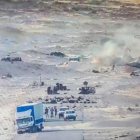 A Polisario Front felgyújtott sátrai