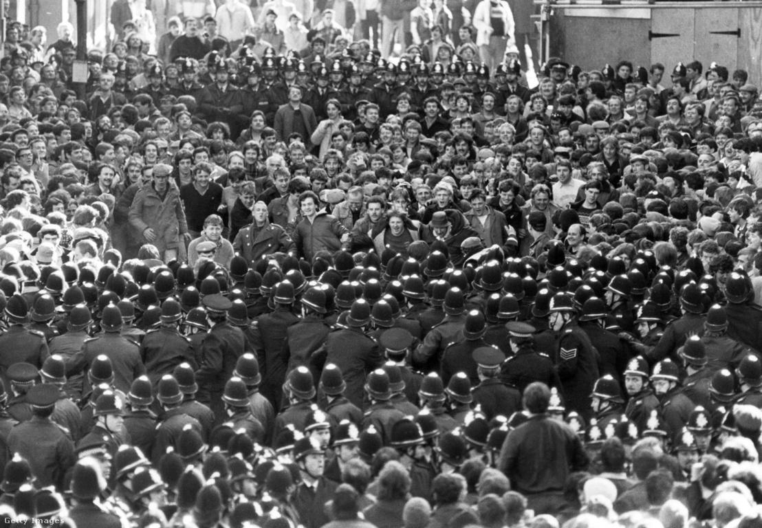 Bányászok sztrájktüntetése 1984. március 6-án Sheffieldben