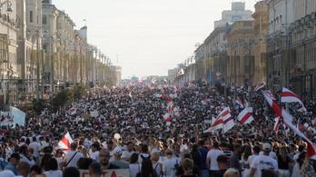Vasárnap is tízezrek követelték Lukasenko lemondását Belaruszban