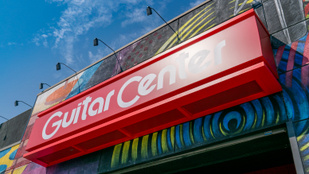 Csődvédelmet kért a Guitar Center