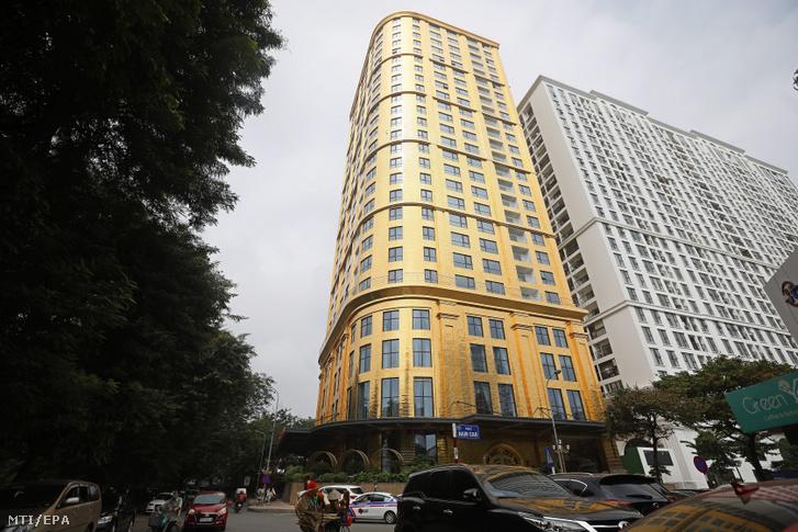 Az új szálloda