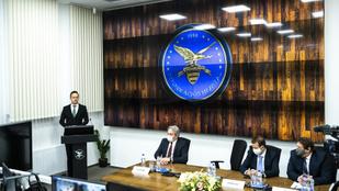 Szijjártó: Fél éven belül két új központtal bővült a magyar hírszerzés