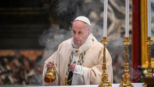Részletek jelentek meg Ferenc pápa életrajzi könyvéből