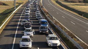 Alig egy hetük maradt az autósoknak a biztosítások megújítására