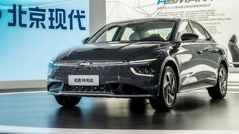 Mistra, az új Hyundai nép-szedán