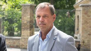 Szlávik János: ismertetni kell az emberekkel, hogyan hatnak a védőoltások