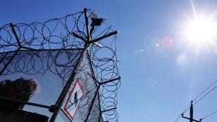 Pattanásig feszült a helyzet az egyik hazai menekültügyi központban