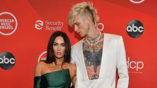 Megan Fox egy tetoválással is kifejezte, mennyire imádja szerelmét